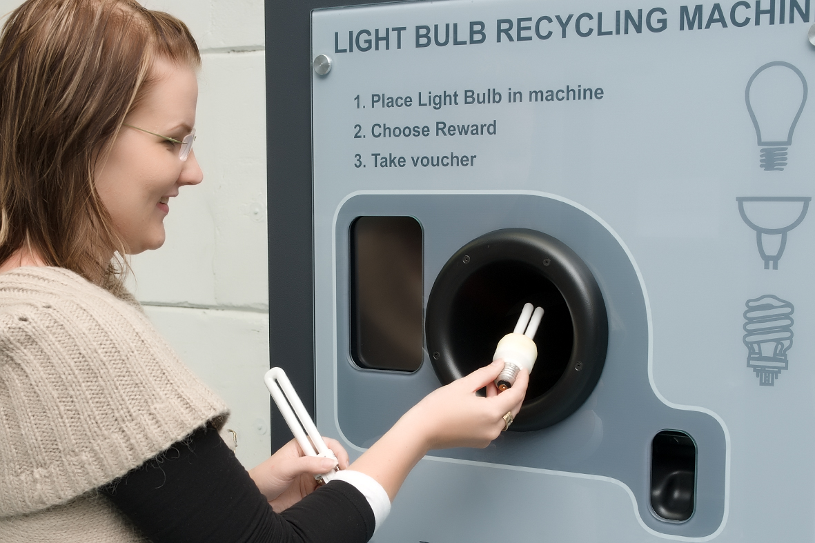Fluorescent Bulb Recycling Machine http://ybegega.xbizhost.com/recycle-fluorescent-bulbs-colorado-springs-co.php